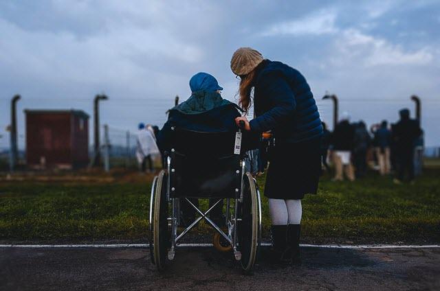 Кто получает пенсию за ребенка инвалида